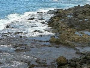 Steinküste: Auch Quelle von Infraschall. Foto: Rosendahl/Wikimedia Commons