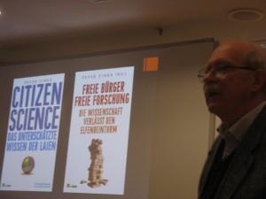 Die beiden Hauptwerke Finkes über Citizen Science (c) Goede