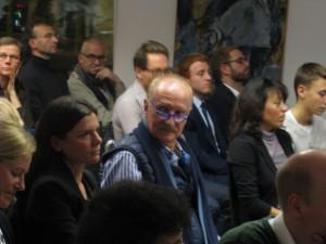 Klimaherbst-Debatte: Münchens PresseClub ist voll besetzt (c) TELI